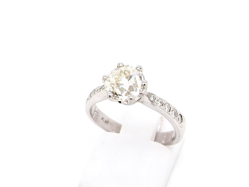 A Solitaire diamond ring to 1.75 carats