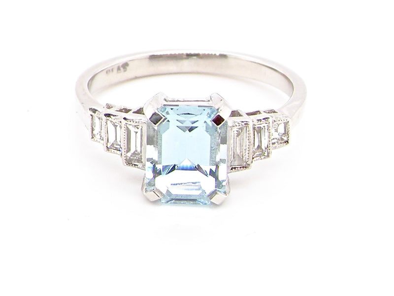 A fine aquamarine and diamond ring