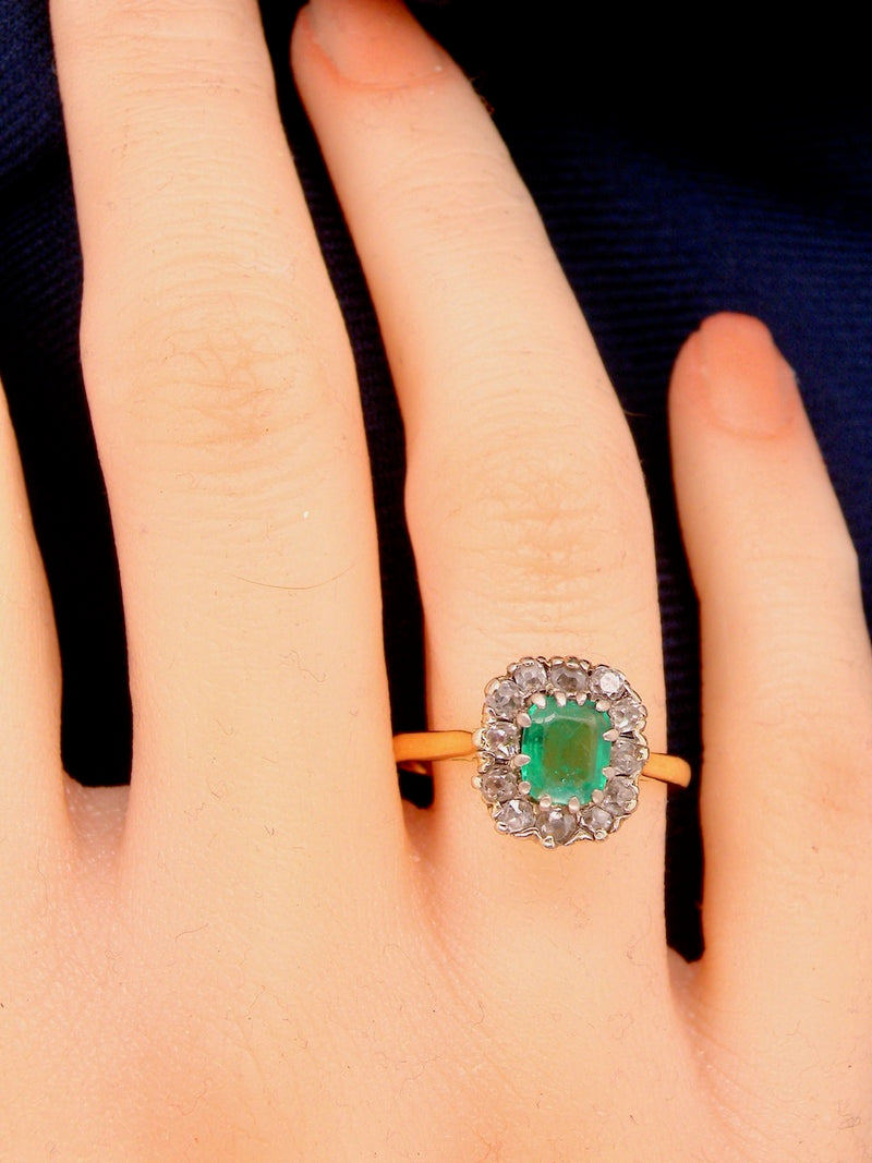A vintage emerald and diamond cluster ring *RESERVED*