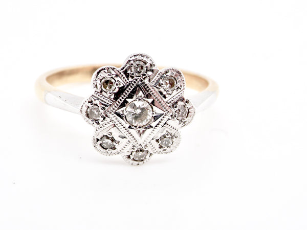An Edwardian cluster diamond ring