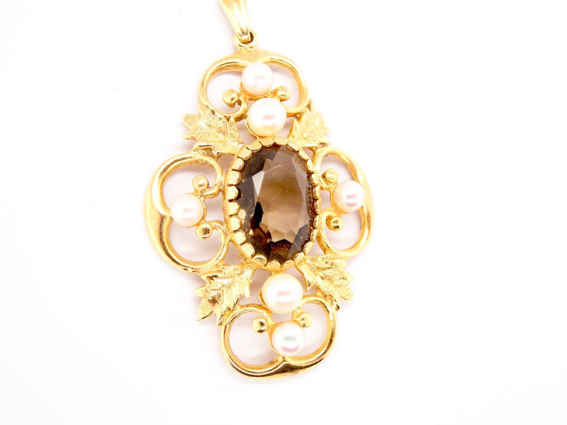 A smoky citrine and pearl pendant