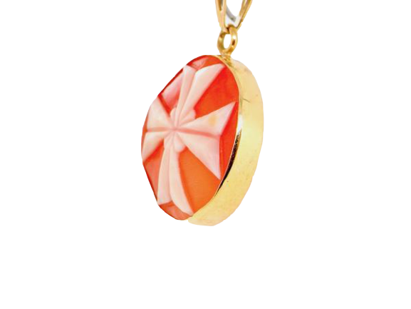 An unusual Maltese Cross cameo pendant