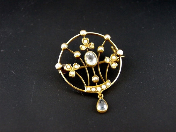 A Victorian aquamarine and pearl brooch