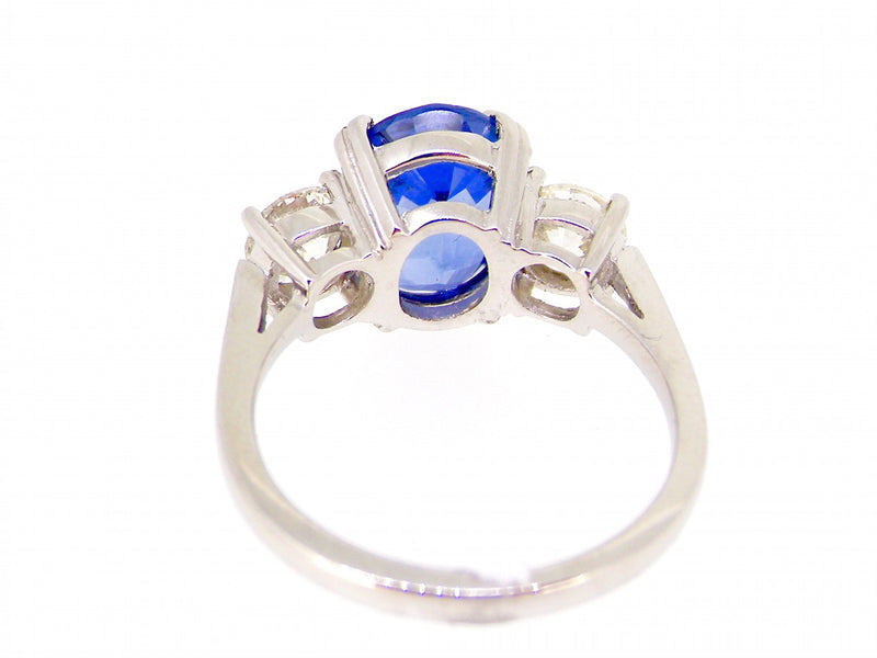 A fabulous three stone sapphire and diamond ring *RESERVED*