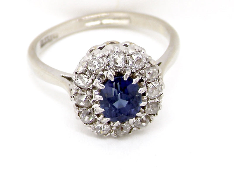 A fine sapphire and diamond cluster ring