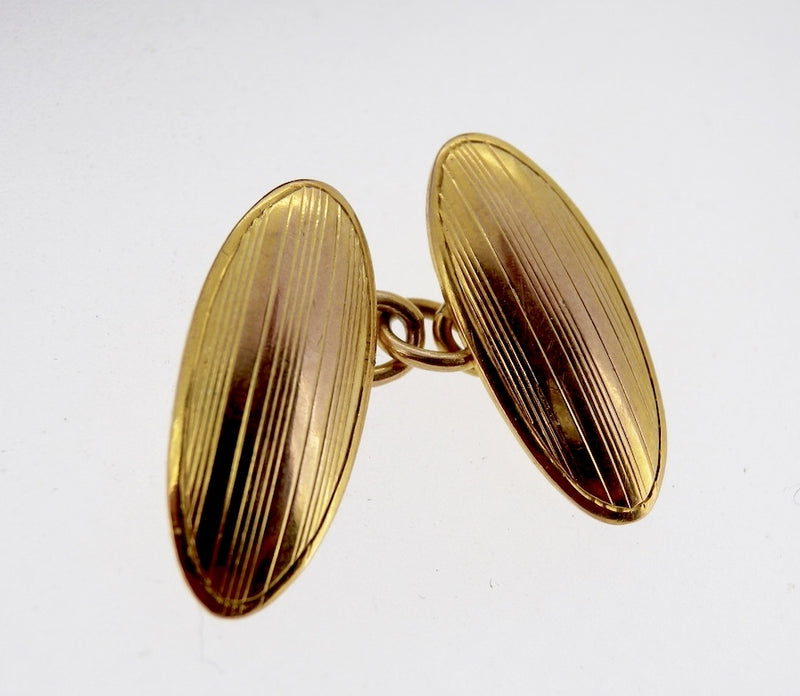 A pair of 9 carat gold double cufflinks hallmarked Chester 1922