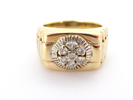 A heavy 'Rolex' style man's ring