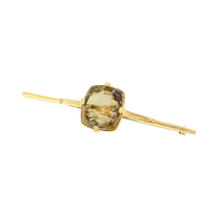 A smoky citrine bar brooch
