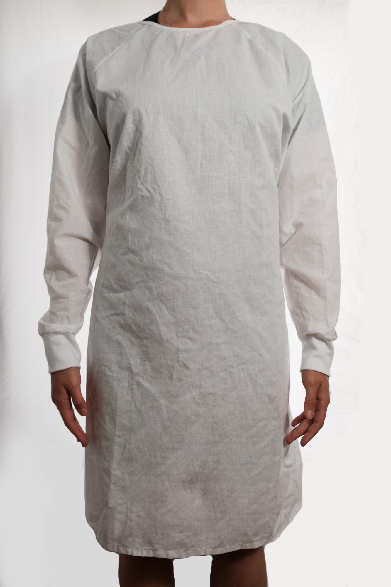 Isolation gown - WHITE- re-usable - cotton / poly mix - free shipping - FDA Level 2 - Brooklyn Equipment