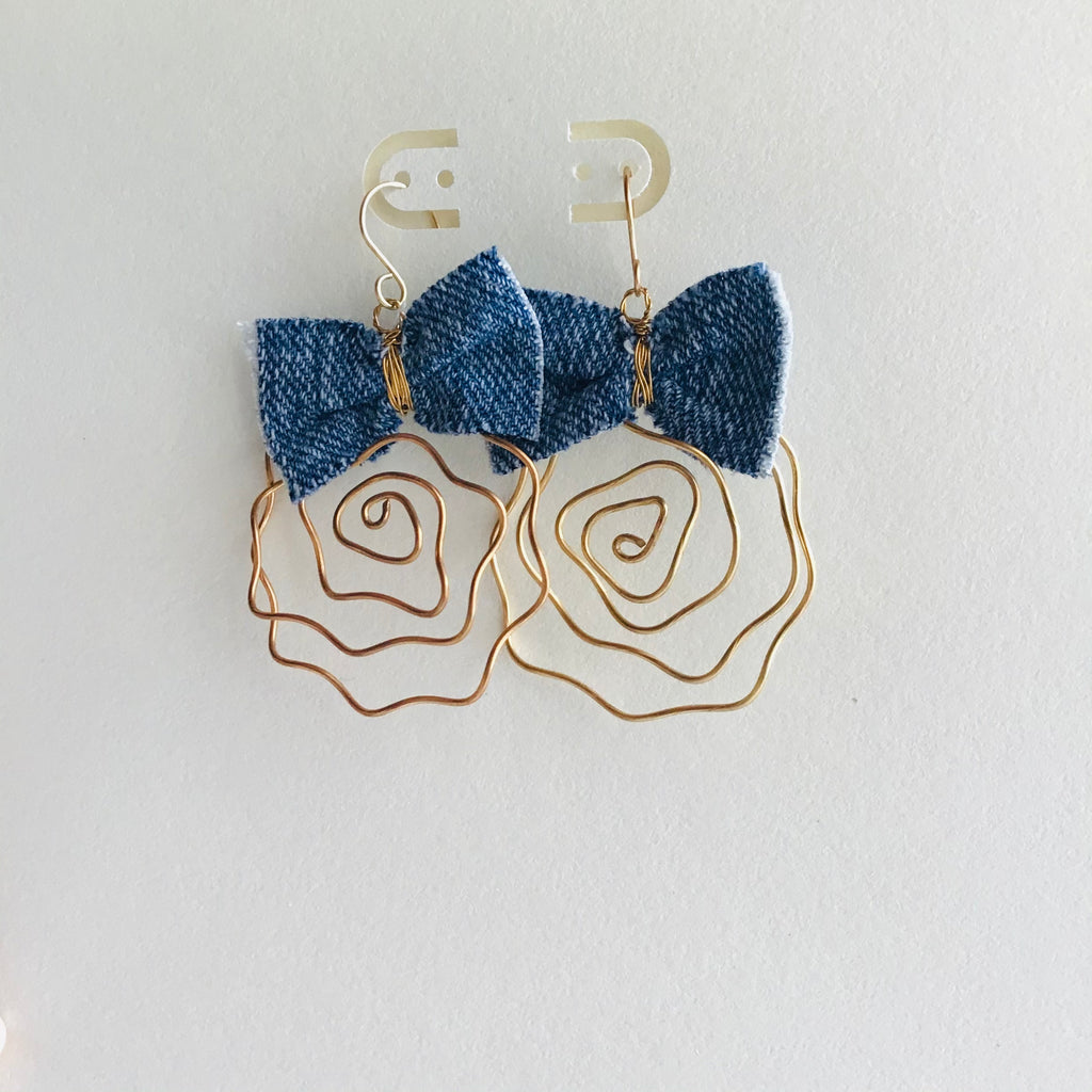 Infinite Line Earrings - Andy & Rachel Studio