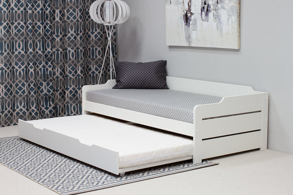 White Wooden Day Bed with Trundle