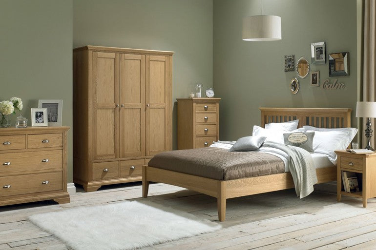 Bedroom Furniture - Harrogate Oak
