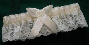 Ivory Heart  Garter with wider lace