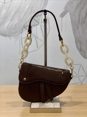 Load image into Gallery viewer, M57739 - Saddle Shaped Bag