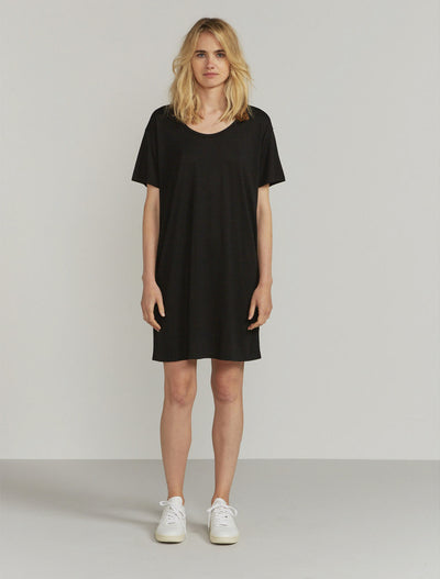 Women's Tencel slouchy scoop-neck black T-shirt dress