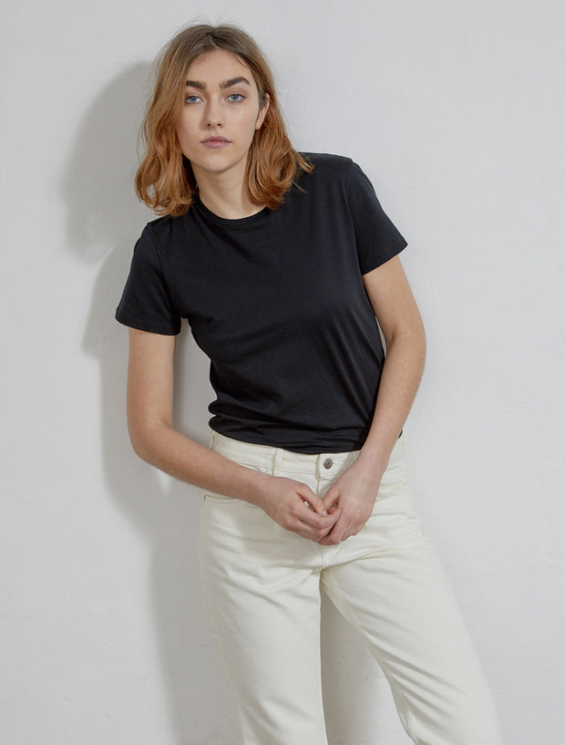 Women's Organic cotton classic fit black T shirt
