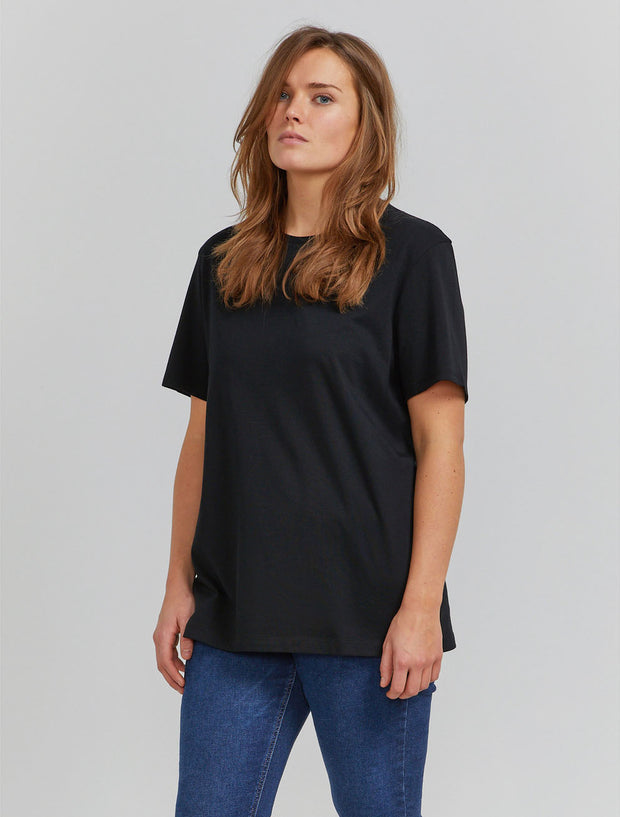 Women's Organic cotton boy-fit black T-shirt