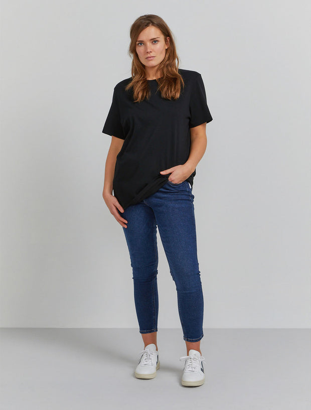 Women's Organic cotton boy fit black T shirt