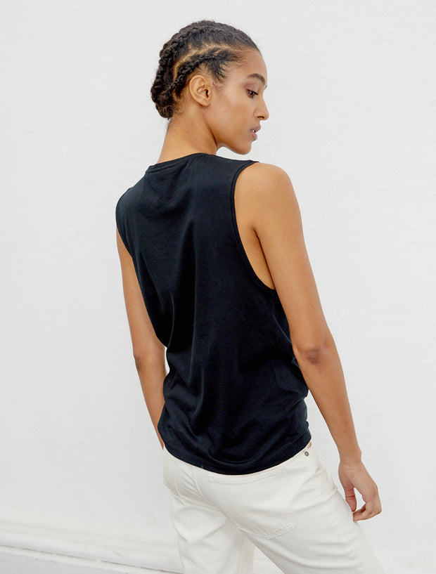 Women's Organic cotton boy-fit black vest