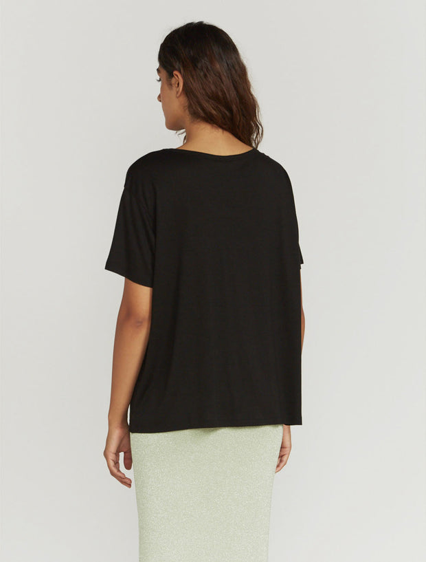 Women's Tencel slouchy scoop-neck black T-shirt