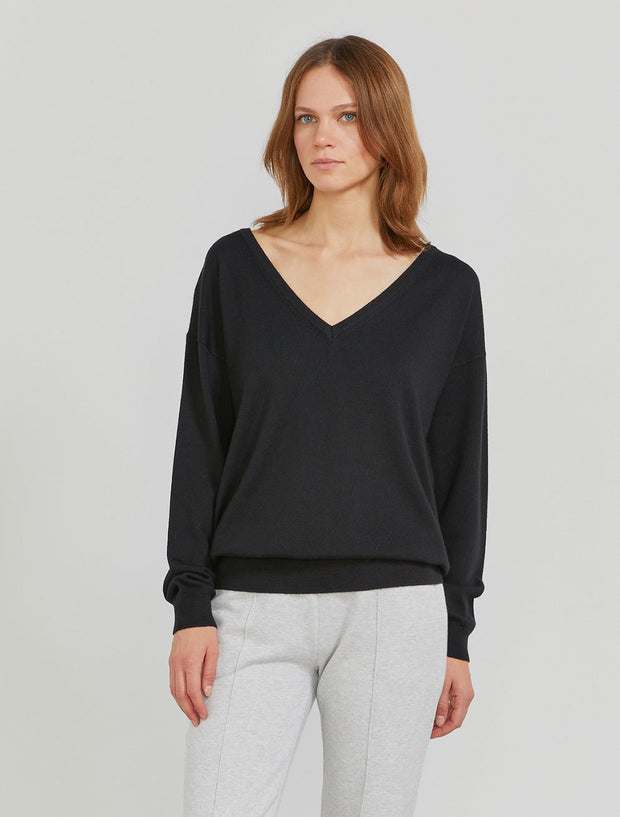 Women's Merino wool V neck sweater