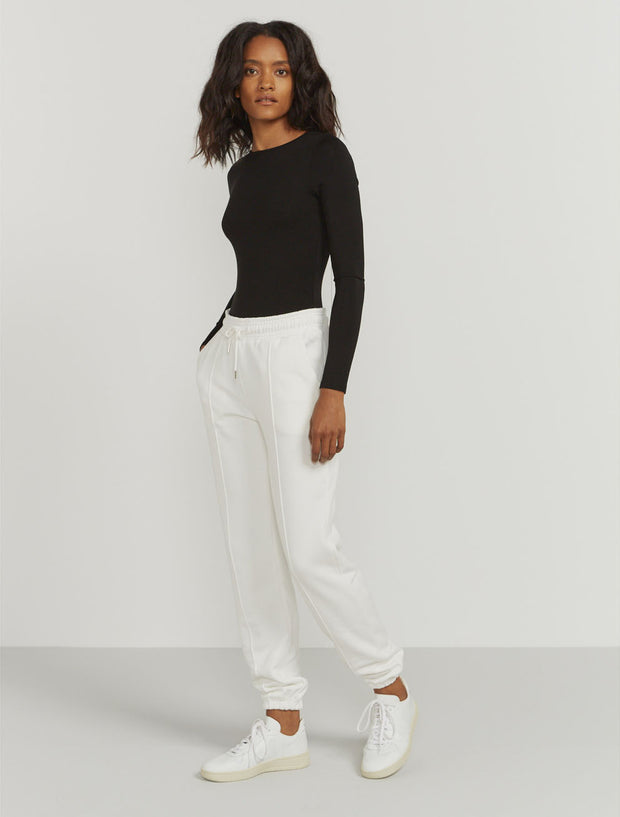 Women's Organic cotton boy-fit white sweatpants
