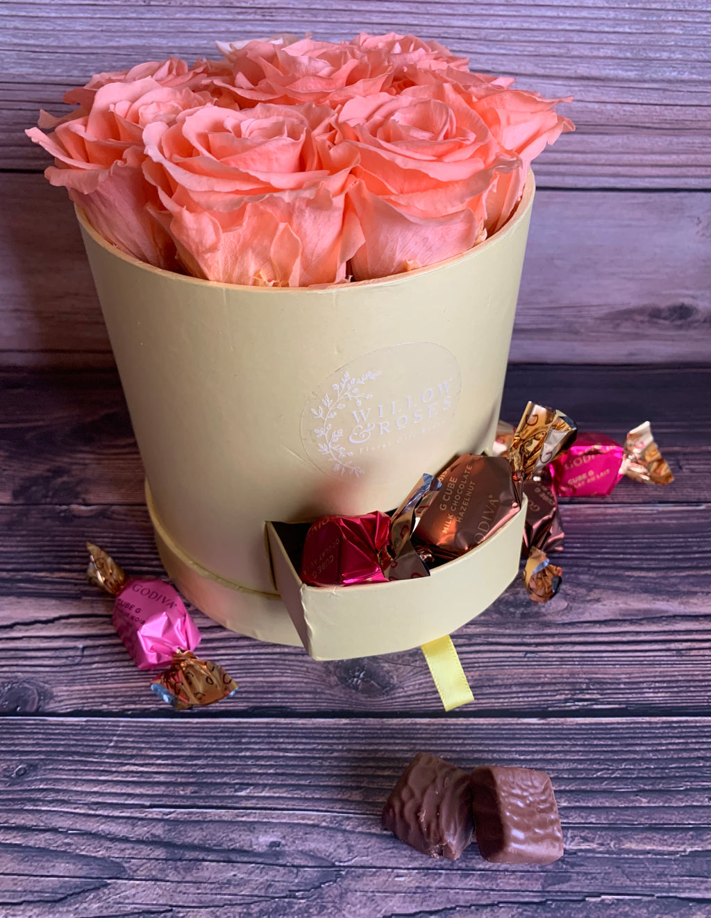 PEACH ROSES IN A FLORAL GIFT BOX