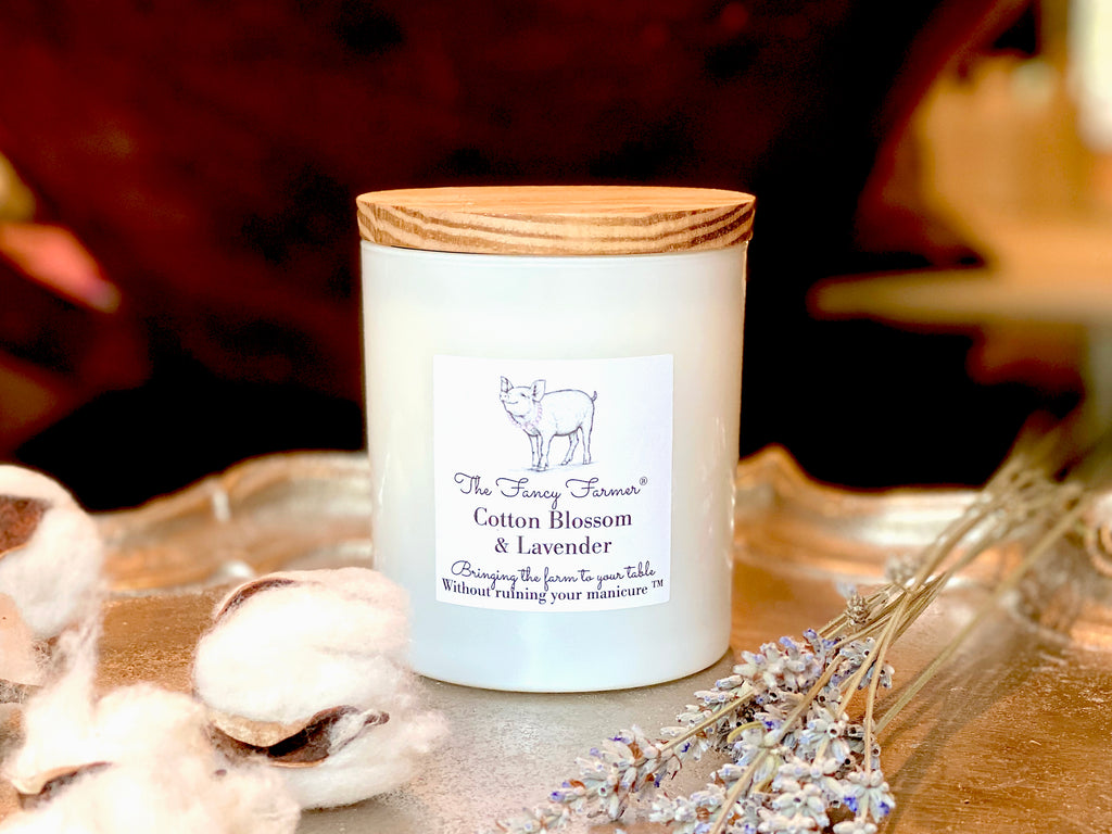 Best Scented Candle (10 oz) - Cotton Blossom & Lavender