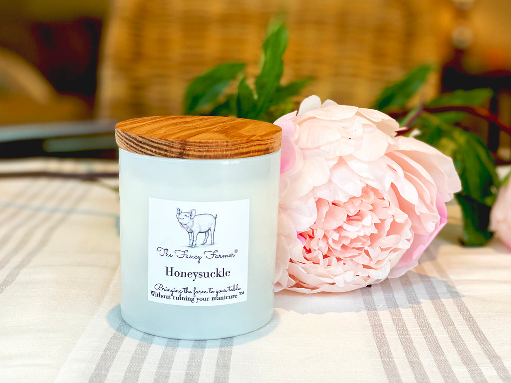 Honeysuckle Candle (10 oz) - The Fancy Farmer