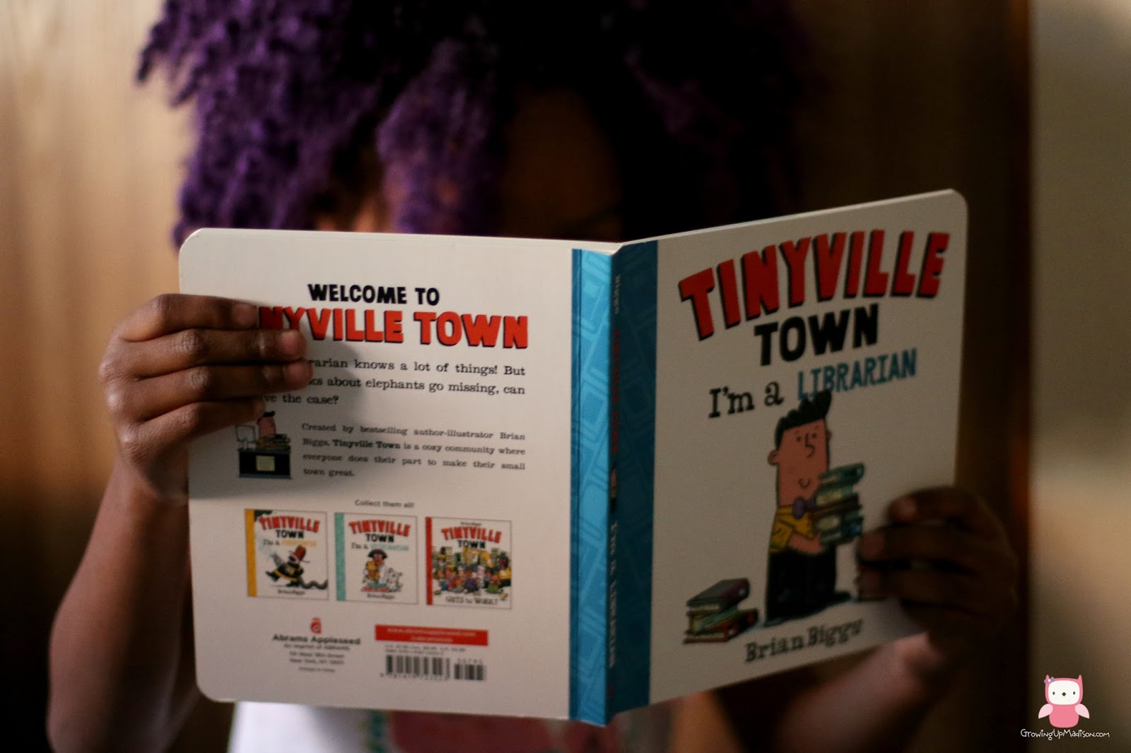 Tinyville Town I'm a Librarian