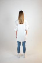 Load image into Gallery viewer, OVERSIZED LOGO T-SHIRT - WASHED OFF-WHITE