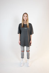 OVERSIZED LOGO T-SHIRT - WASHED GRAY
