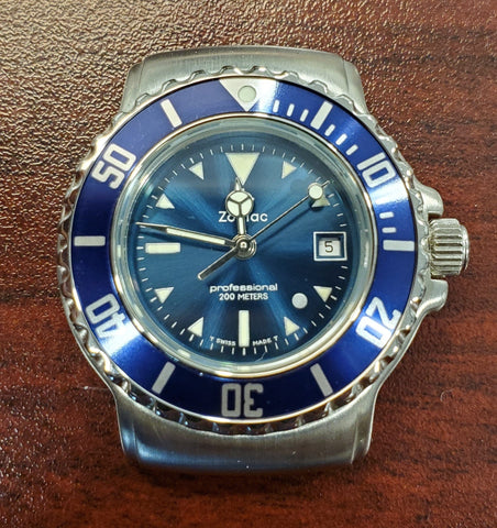 Zodiac Vintage 1990s Dot Blue Sunray Dial Divers 30mm Unisex Watch