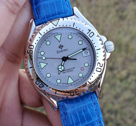 Zodiac Vintage 1990s 38mm Grey Dial Sapphire Crystal Men's Watch