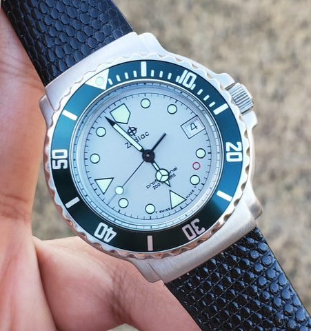 1990s Zodiac Vintage Divers 36mm Green Bezel Men's Watch