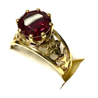 9ct. Gold Red Stone Ring