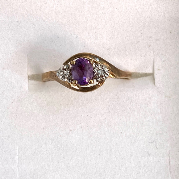 9ct. Gold Amethyst/Diamond Ring