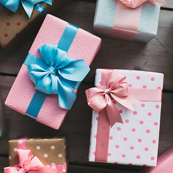 Sleepytot Online Wrapped Items , Add a Card and Message and Wrap your package