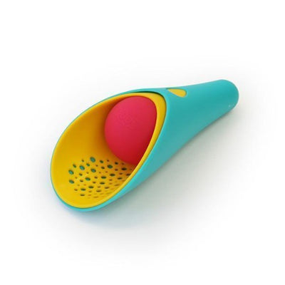 Quut - 3 Piece Cuppi Shovel with Ball