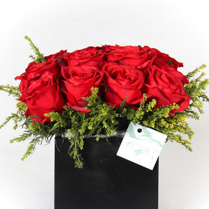 Red Equador Roses Vase