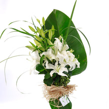 Load image into Gallery viewer, White Lily Bouquet