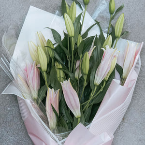 Pink Lily Bouquet Stargazers