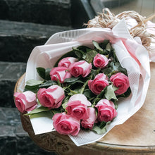 Load image into Gallery viewer, Colombian Pink Roses Bouquet