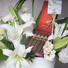Load image into Gallery viewer, Bloom Cigar Gift Set