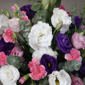 Assorted lisianthus in a vase