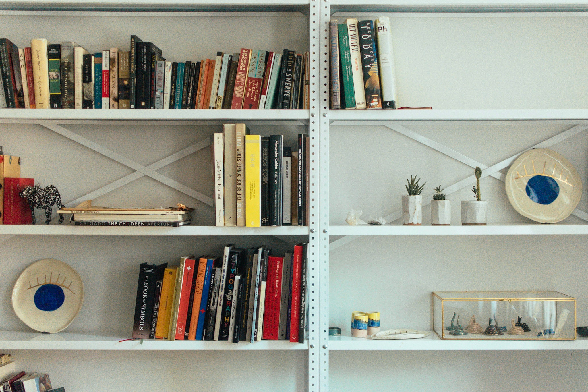 shelf full size image