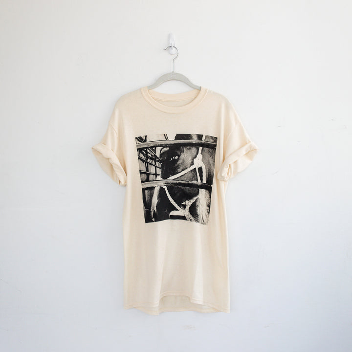 womens graphic tee