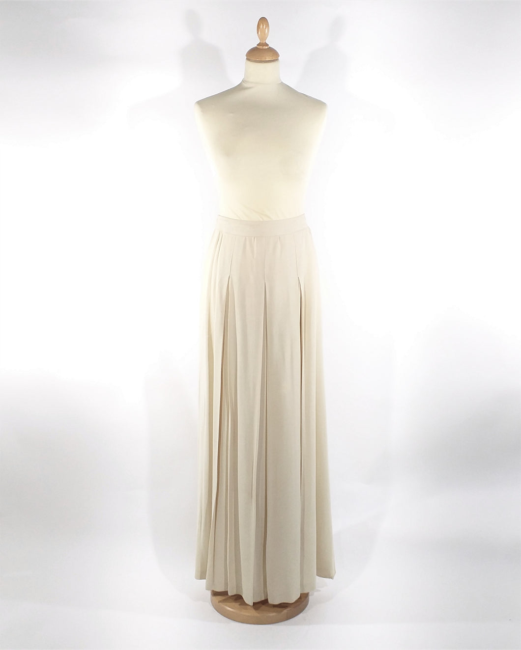 longue jupe en plies '1970 long ivory skirt with folds