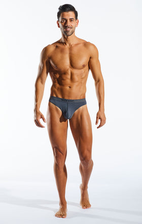Cocksox CX05PRO Underwear Thong in Banker full body image