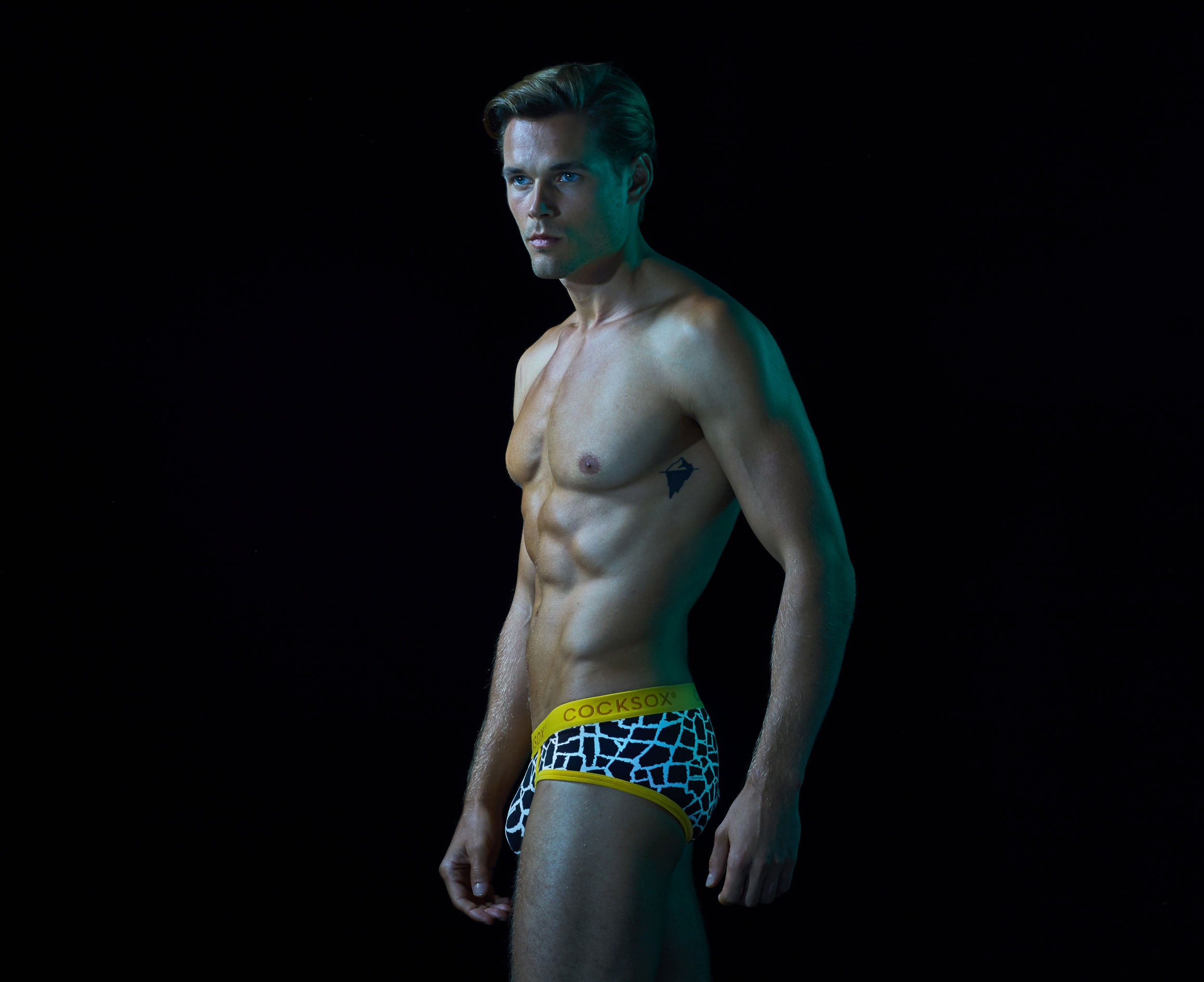 CX76WD Sports Brief